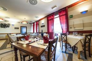 20160626 mauriziopini mixinart ristorante ilsignorino DSC 3567 -2